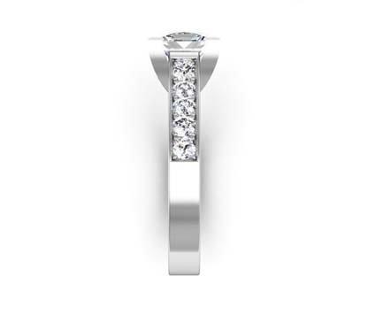 Princess Cut Diamond Engagement Ring with V Shape Basket 5 2 2
